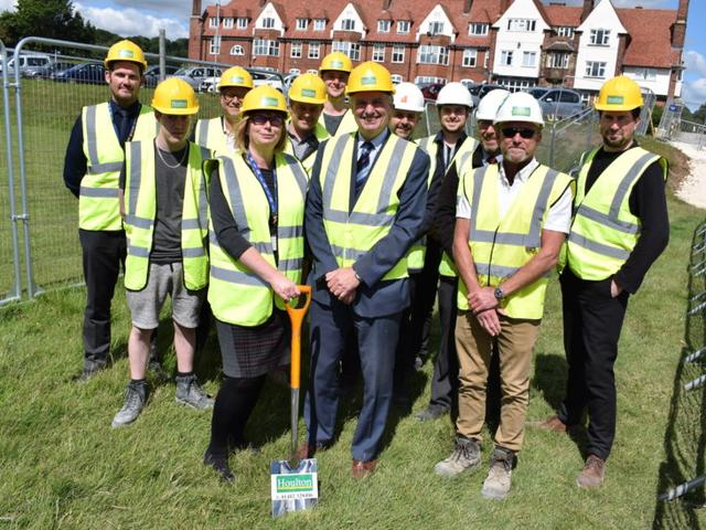 Houlton on Site to Deliver New Construction and Engineering Centre