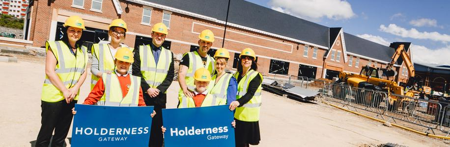 Youngsters help choose the name for east Hull's new retail development