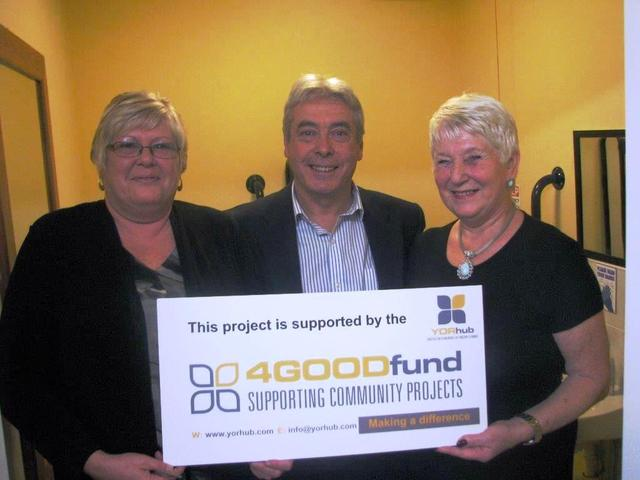 Carol Roberts and Julie Wright (HWMC) with Keith Gilson (Houlton)