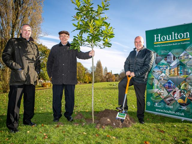 140 Yr Tree Planting   East Park (3)
